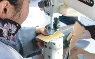 シメイティング縫製現場